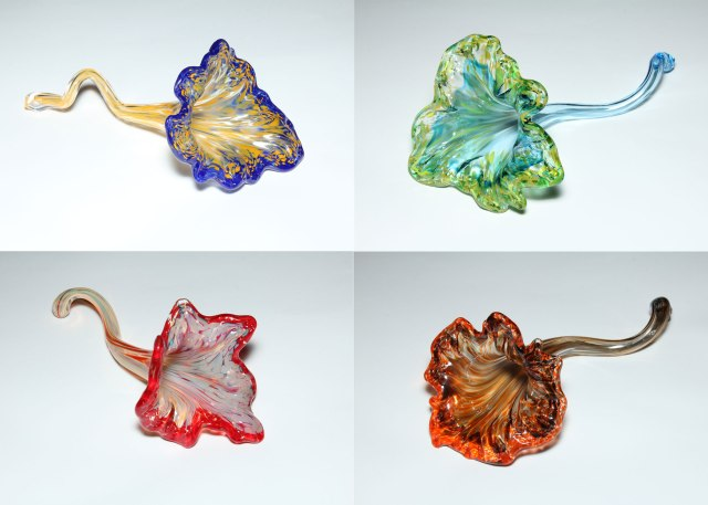 Making glass flowers