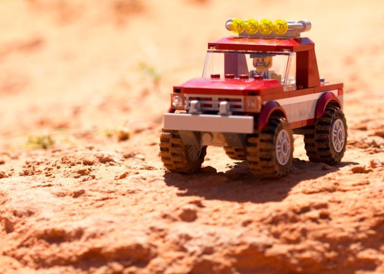 042813-Lego-Jeep-Sand-WEB