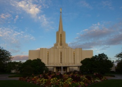 Jordan River Utah Temple photo at sunrise
