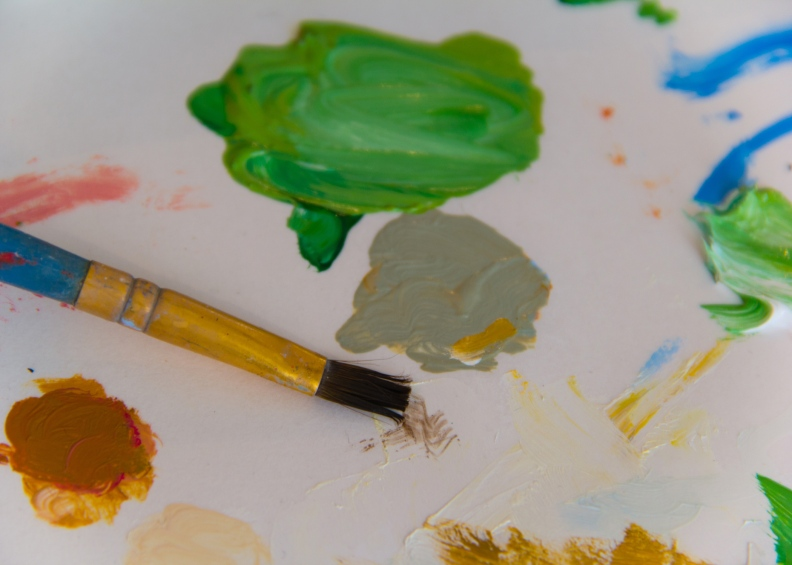 artist's paintbrush and colors photo