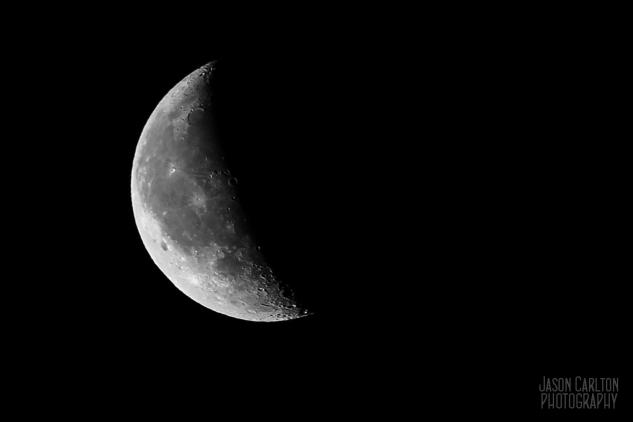 photograph waning December moon