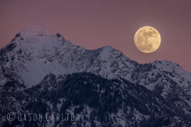 photo moon rise sunset mountains snow winter Utah