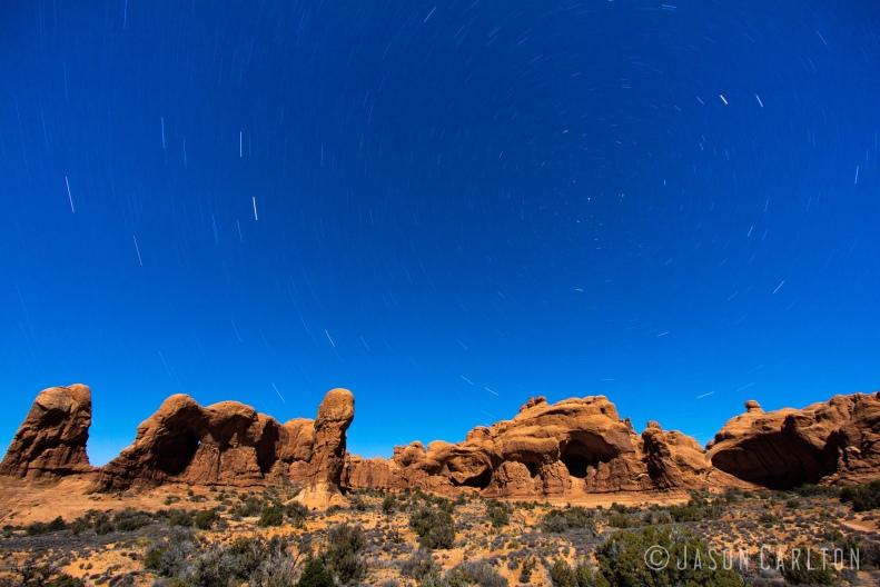 photo Arches National Park circumpolar star trails